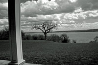 Viewing the Potomac from Mt. Vernon